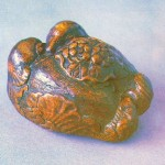 Ming Dynasty eaglewood mandarin duck hand warmer, 5 cm high, 6.5 cm long, 6.5 cm wide